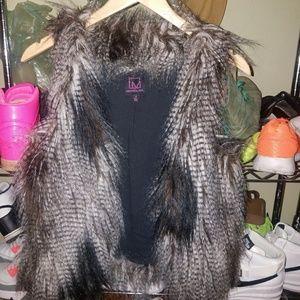Super Cute Faux Fur Vest S